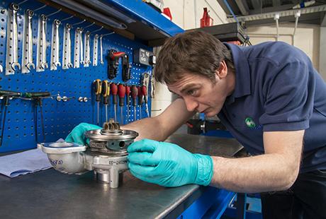 Causas y señales de sobrecalentamiento en el turbocompresor